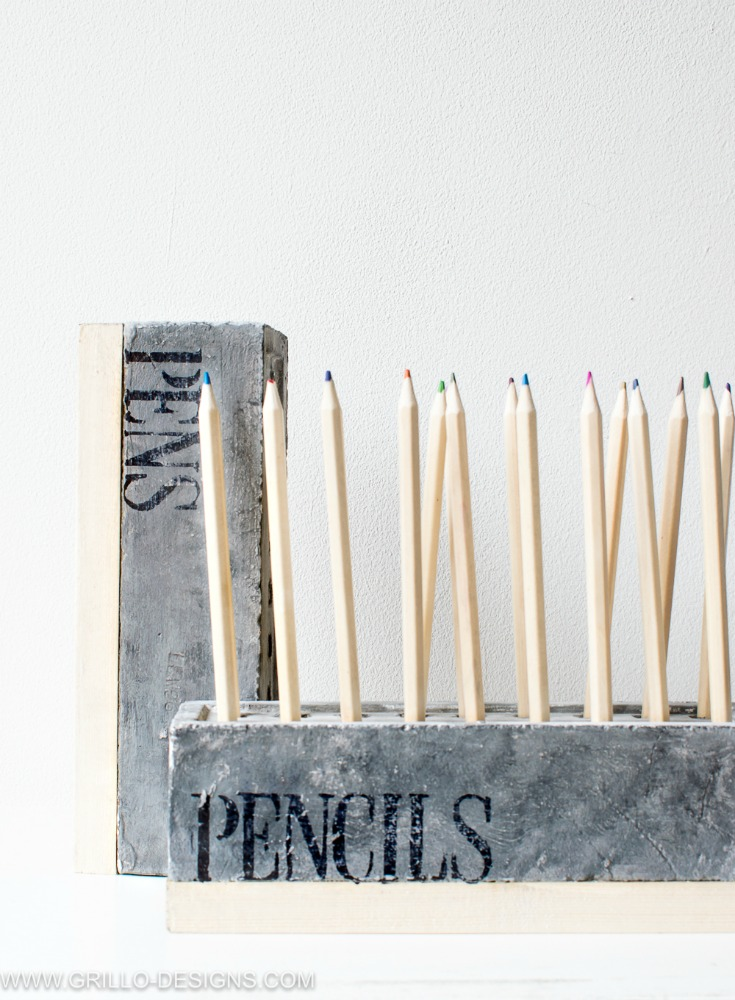 DIY pencil holders made of bricks and wood (via grillo-designs.com)