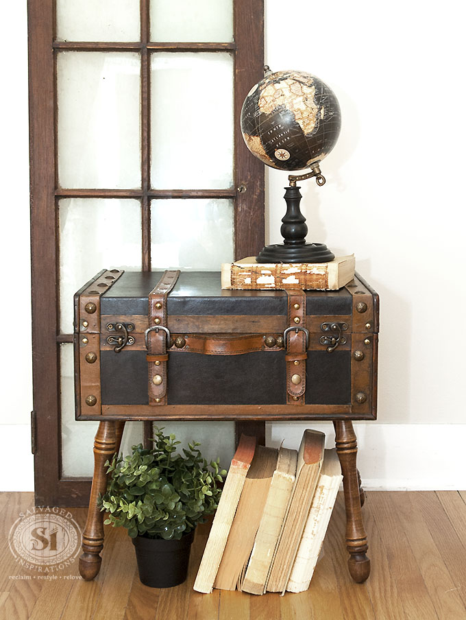 DIY salvaged trunk on angled vintage legs (via salvagedinspirations.com)