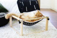 DIY free-standing kitty hammock of wood