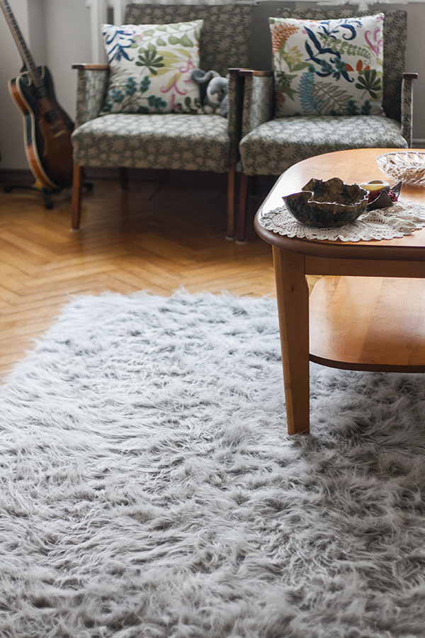 DIY grey textural faux fur rug