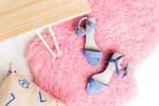 DIY IKEA faux fur rug dyed pink