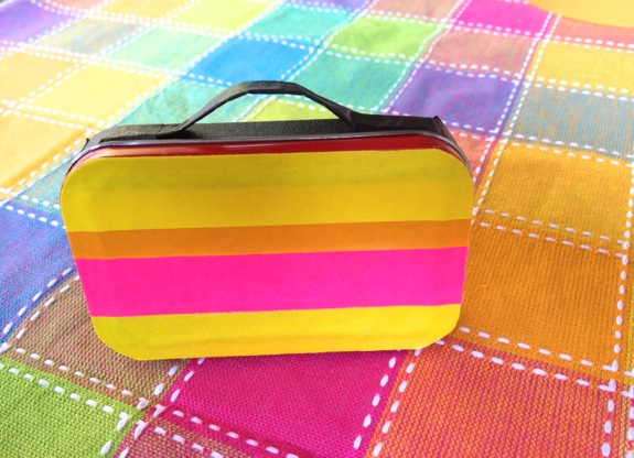 DIY mint tin lunch box spruced up with colorful duct tape (via innerchildfun.com)