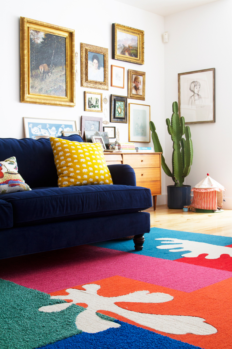 DIY Matisse-inspired rug of carpet floor tiles (via thehousethatlarsbuilt.com)