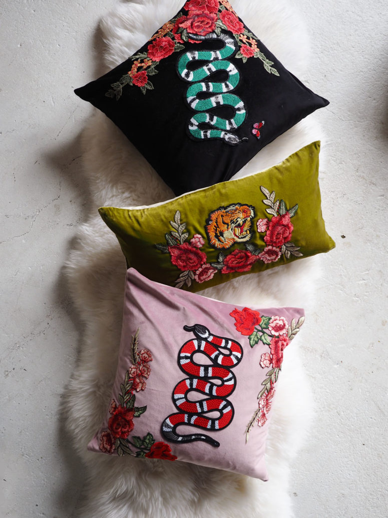 DIY velvet pillows with appliques (via www.cocokelley.com)