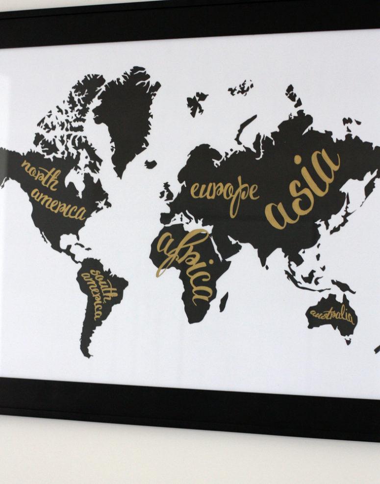 DIY black and white printable world map (via everyday-reading.com)