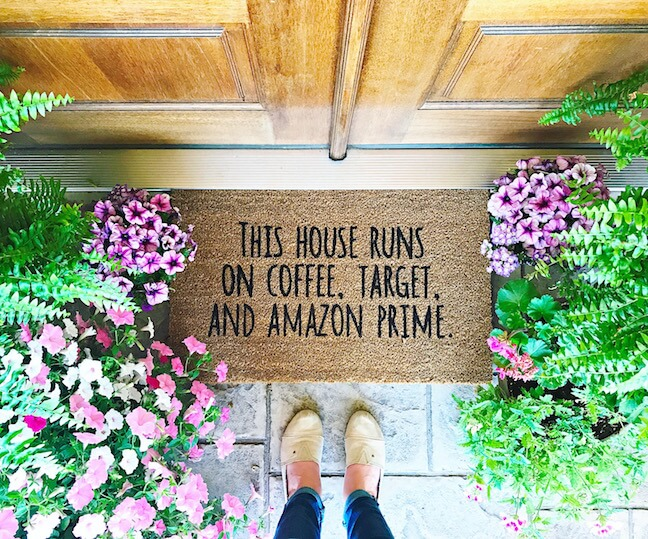 DIY doormat with your favorite quotes (via kaylamakes.com)