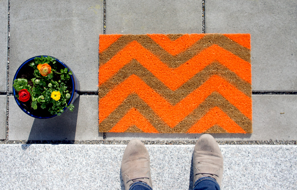 DIY colorful chevron doormat