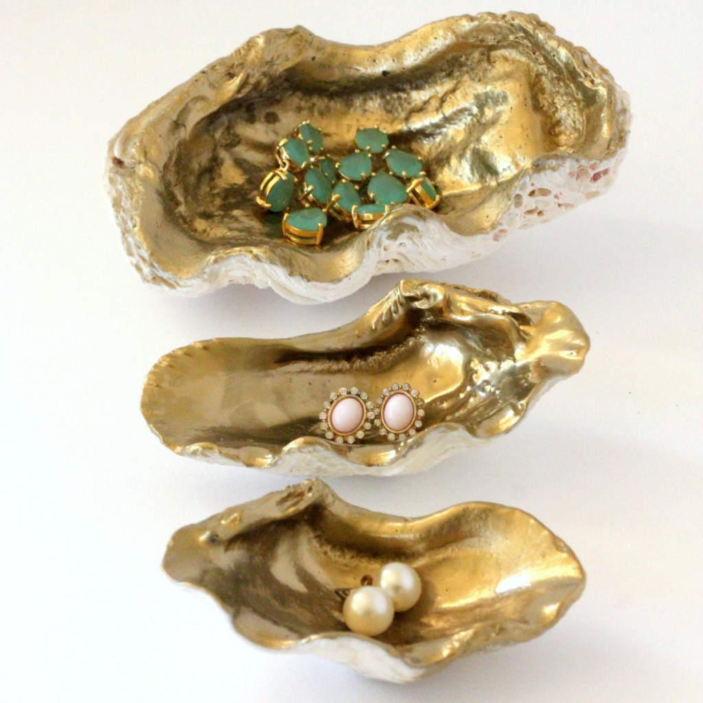 DIY gilded sea shell jewelry holder