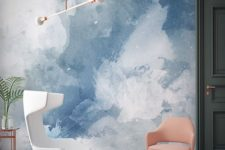 09 watercolor is a great trend, and this blue and white wall is a very relaxing idea to try