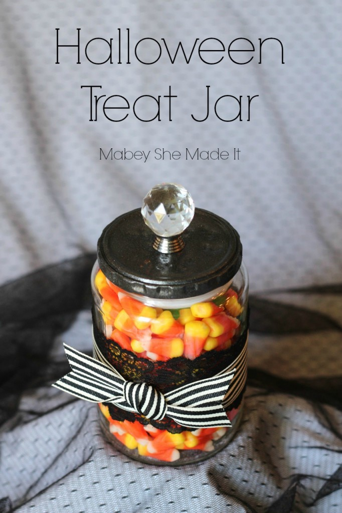 DIY last minute treat jar with black lace (via www.mabeyshemadeit.com)