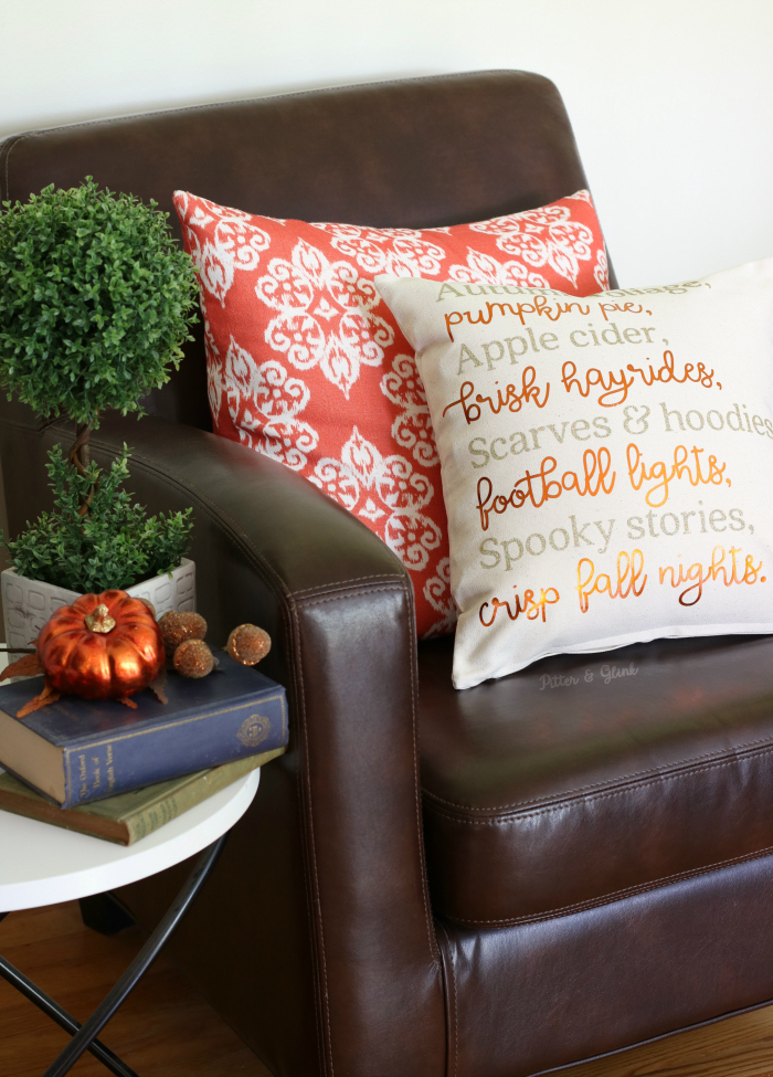 DIY pillow with a fall transferred poem (via www.pitterandglink.com)