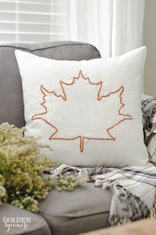 DIY fall leaf embroidered pillow (via www.thegoldensycamore.com)