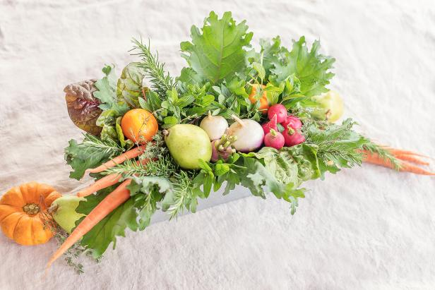 DIY rustic veggie and greenery centerpiece in a box (via www.diynetwork.com)