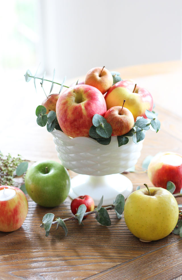 DIY 5-minute centerpiece of apples and eucalyptus (via www.designimprovised.com)