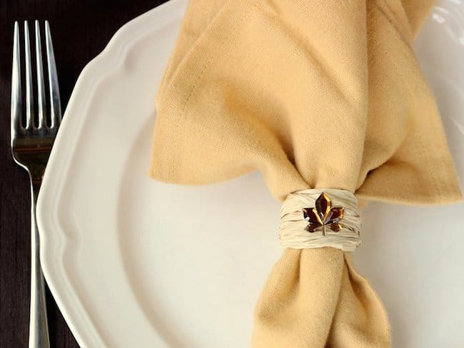 DIY raffia and rhinestone leaf charms napkin rings (via modpodgerocksblog.com)