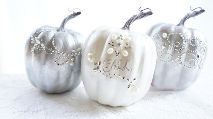 DIY glam pumpkin with rhinestones, sequins and pearls (via www.hauteandhealthyliving.com)