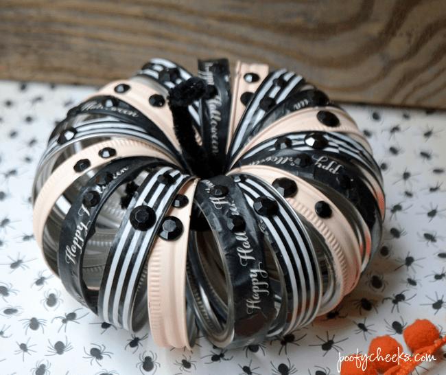 DIY glam canning jar rhinestone pumpkins (via poofycheeks.com)