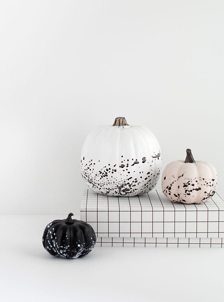 DIY monochromatic splattered pumpkins