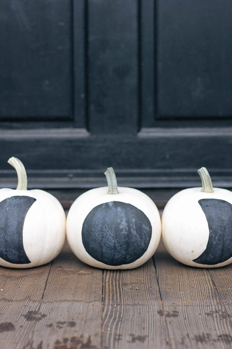DIY painted moon phase pumpkins (via www.homemadebanana.com)
