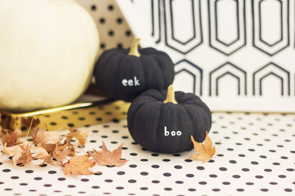 DIY tiny message pumpkins in black