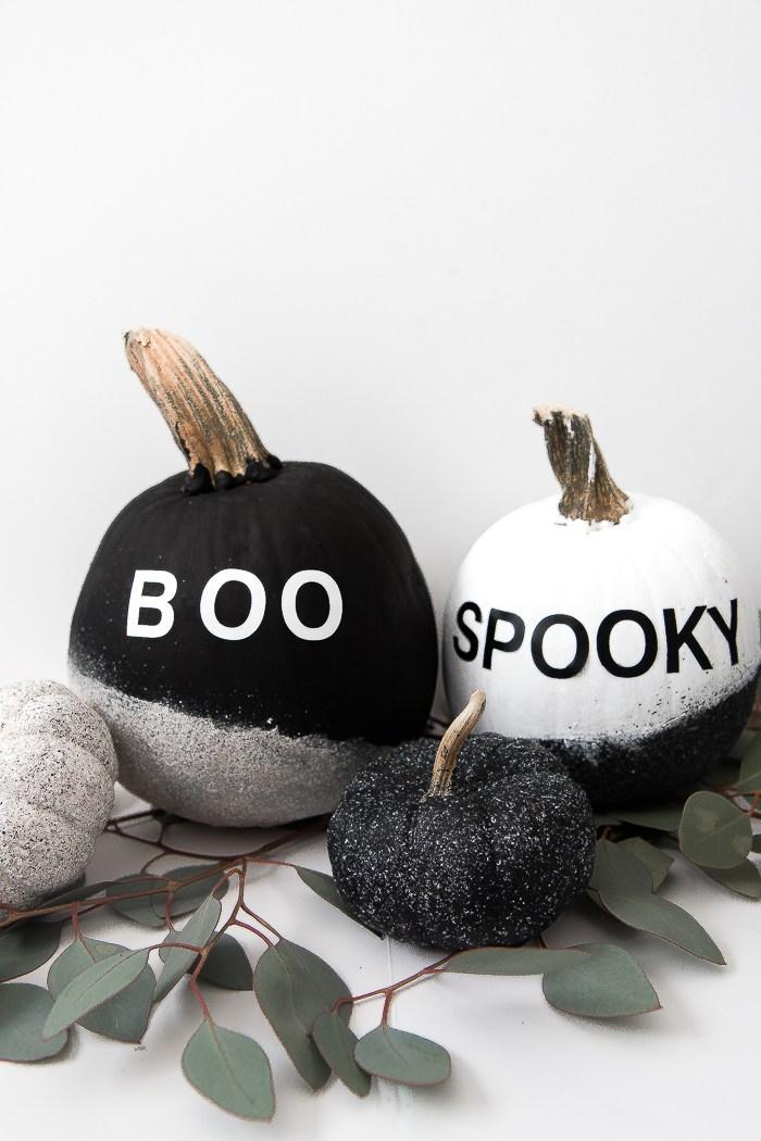 DIY modern monochromatic Halloween pumpkins (via www.thebeautydojo.com)