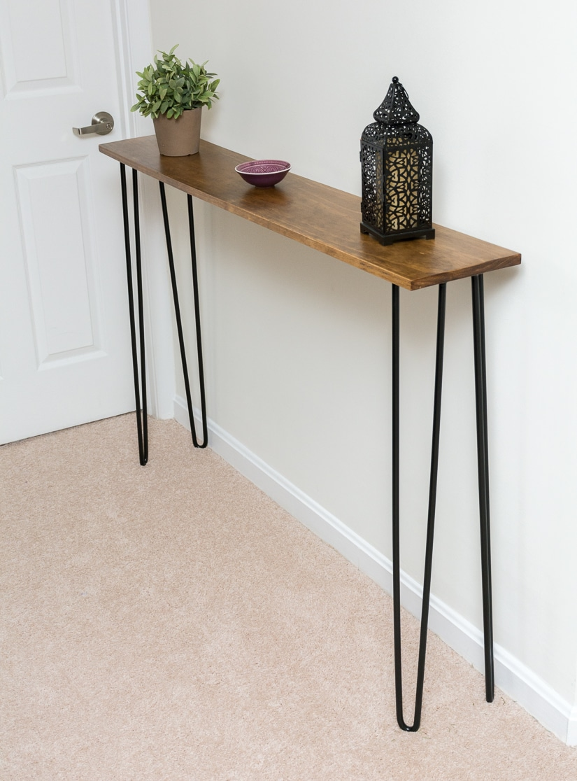 DIY elegant and super thin hairpin leg console