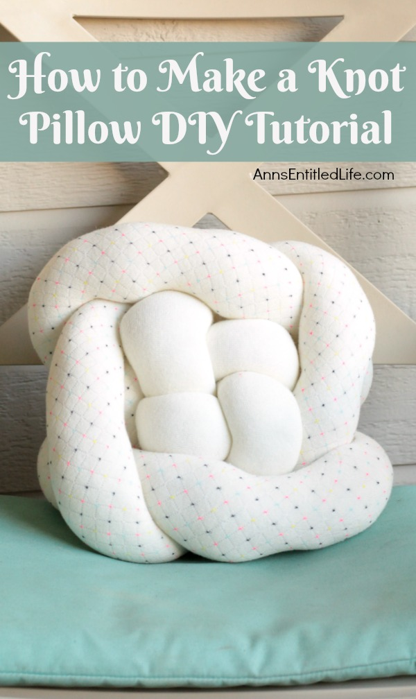 DIY double Celtic knot personalized pillow (via www.annsentitledlife.com)