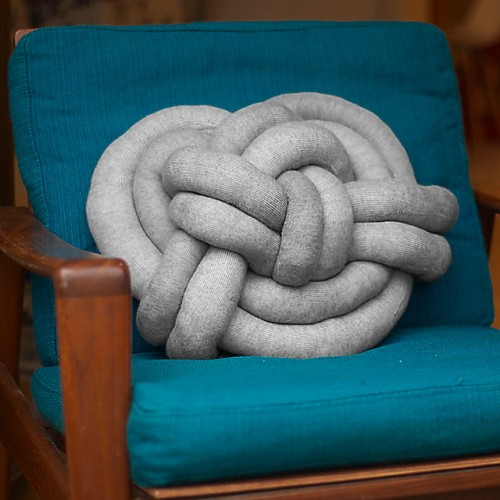 DIY elegant Celtic knot pillow of grey fabric (via www.shelterness.com)