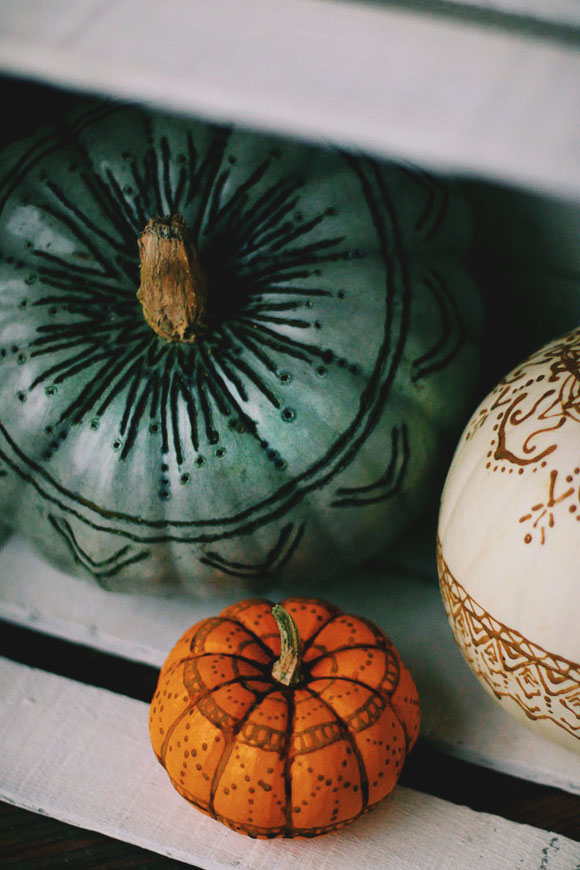 DIY henna and wood burnt pumpkins (via blog.freepeople.com)