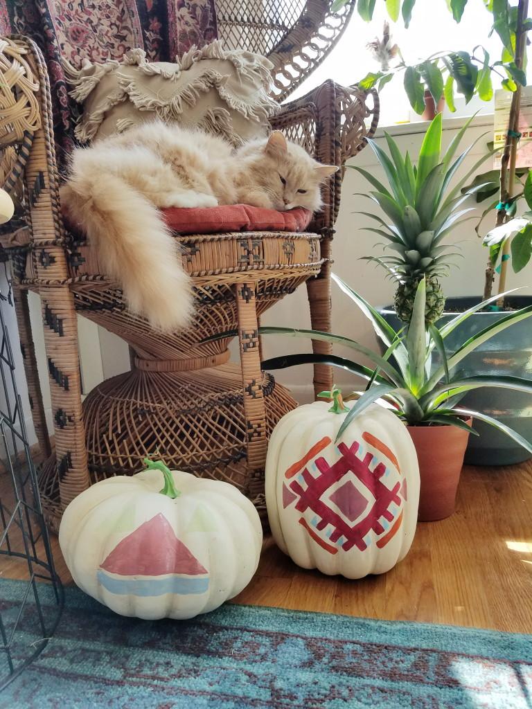DIY kilim inspired faux pumpkins (via www.adesignerathome.com)
