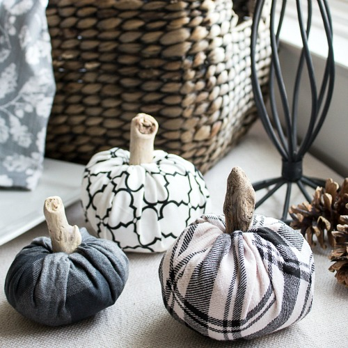 DIY monochromatic patterned fabric pumpkins (via acultivatednest.com)