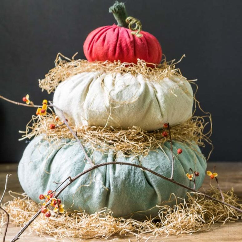 DIY Cinderella pumpkins of fabric (via hearthandvine.com)