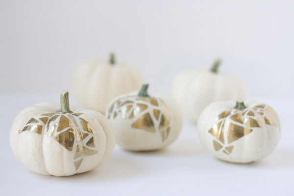 DIY gold geo no carve pumpkins for fall (via lovelyindeed.com)