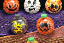 DIY Halloween ornaments filled with candies
