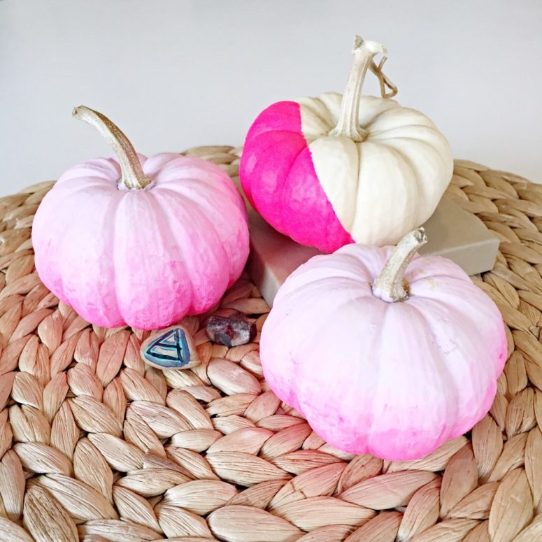 DIY ombre pumpkins in the shades of pink (via www.popshopamerica.com)