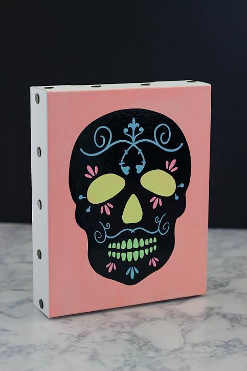 DIY neon sugar skull canvas as a Halloween artwork (via decoart.com)