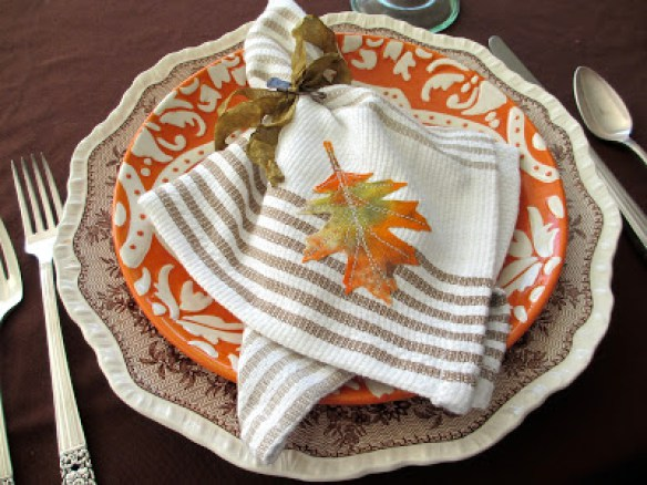 DIY colorful fall leaf applique napkin