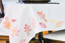 DIY colorful fall elaf print tablecloth