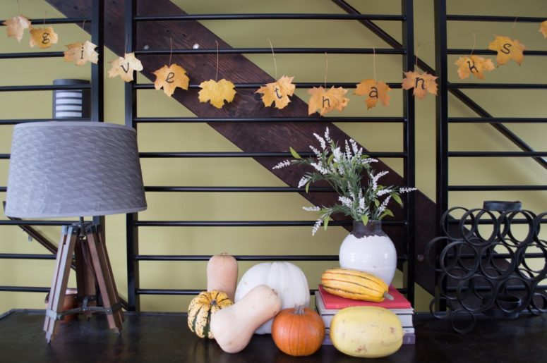DIY fall leaf Thanksgiving garland with letters (via www.classicingray.com)