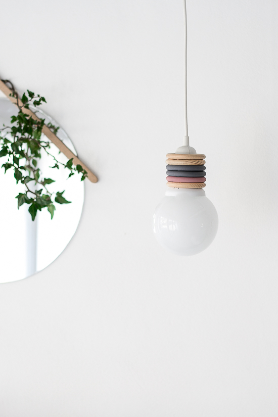 DIY pendant lamp with wooden ring decor (via passionshake.com)