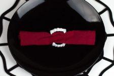 DIY vampire fangs napkin rings for Halloween