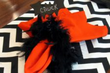 DIY black feather and bats napkin rings for Halloween
