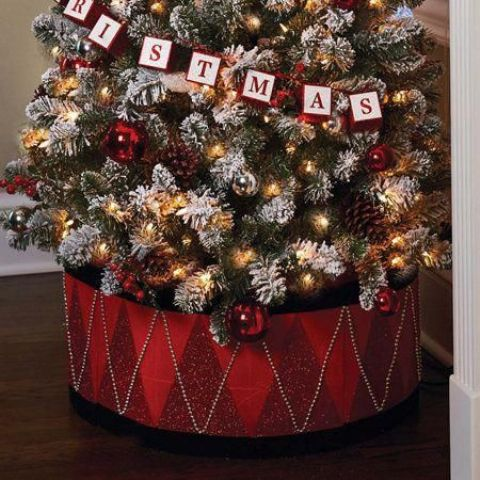 red glitter and silver beads drum-style collar is amazing for traditional Christmas trees with touches of red