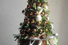 cute and fun tabletop christmas tree