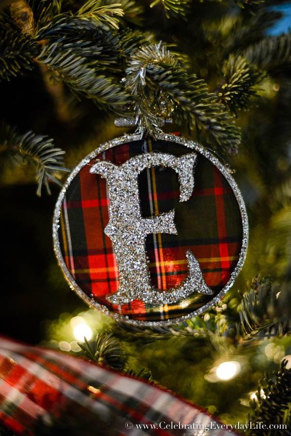 DIY plaid glitter letter Christmas ornaments (via celebratingeverydaylife.com)