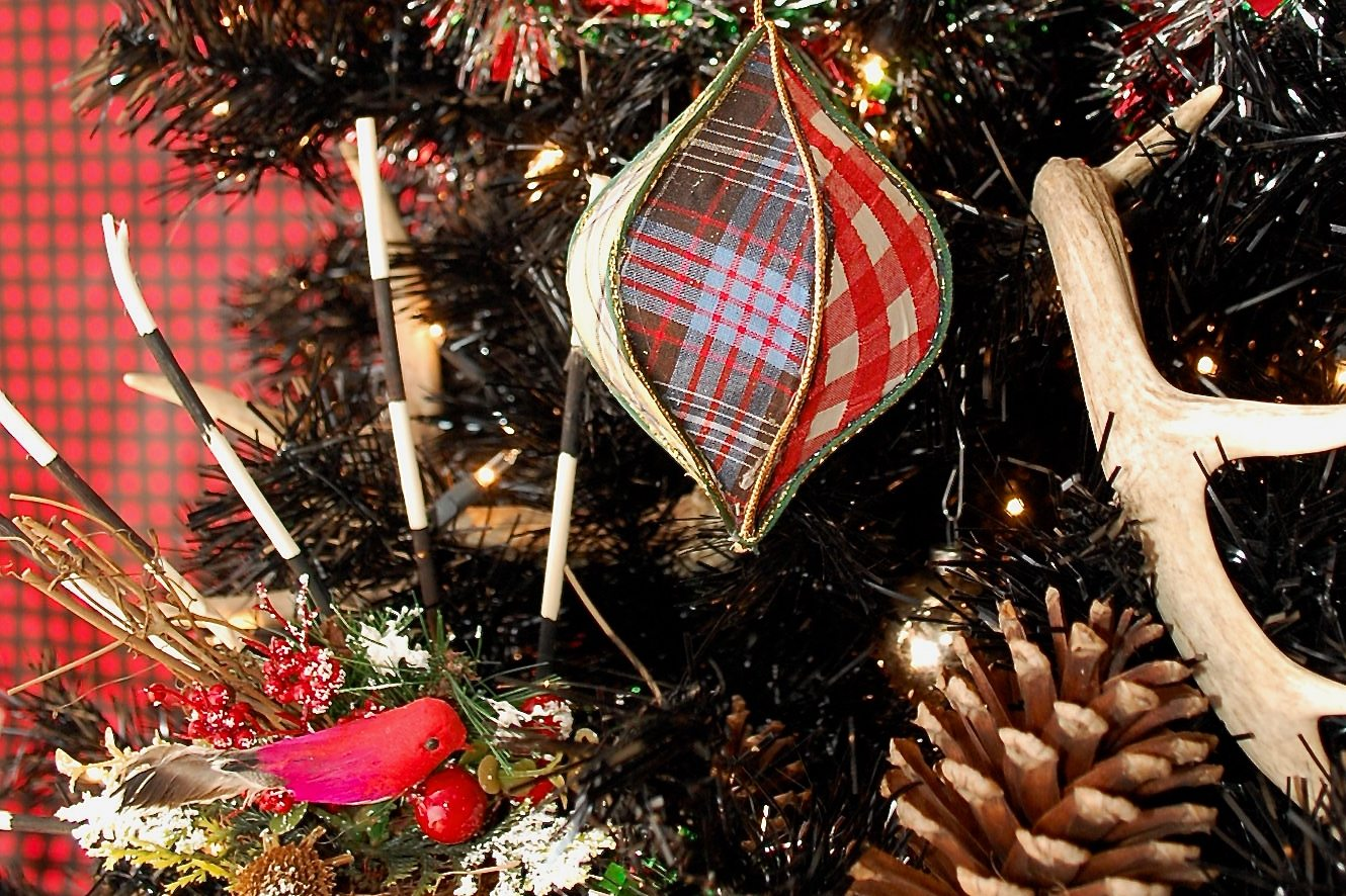 DIY trendy tartan Christmas ornaments with whimsy shapes