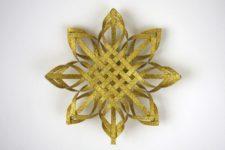 DIY interwoven paper gold glitter Christmas tree topper