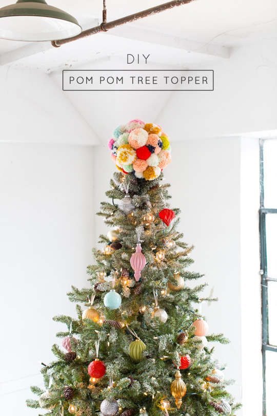 DIY colorful pompom Christmas tree topper (via sugarandcloth.com)