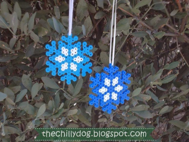 DIY Perler bead snowflake Christmas ornament (via www.thechillydog.com)