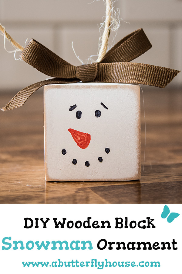DIY wood block snowman Christmas ornament (via abutterflyhouse.com)